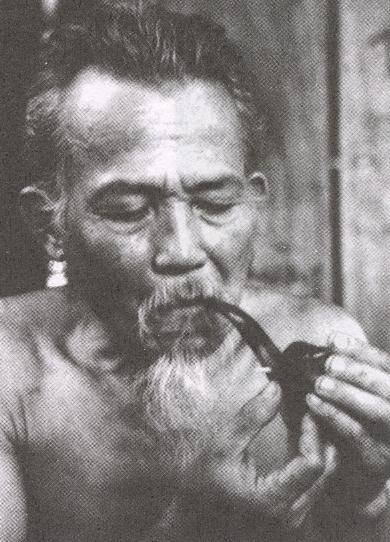 Kết quả hình ảnh cho Nhà thơ Phùng Quán